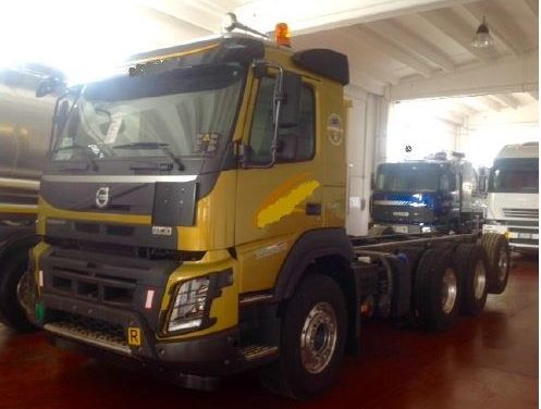VOLVO FMX 540 TRIDEM ADR FULL OPTIONALS CON BRACCIO SCARRABILE BOB ITALEV